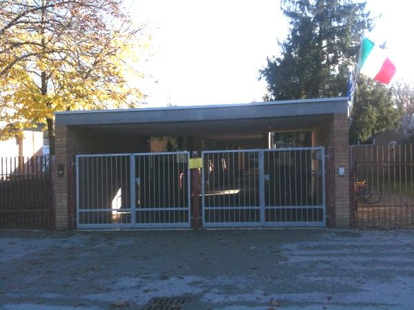 Scuola Garibaldi, esterno